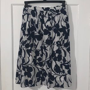 Navy and white floral pleated skirt